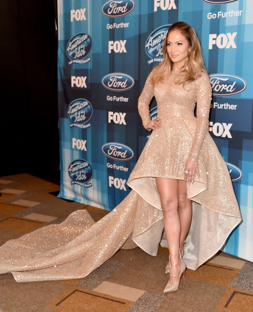 jennifer-lopez-american-idol-finale-for-the-farewell-season-in-hollywood-april-2016-4