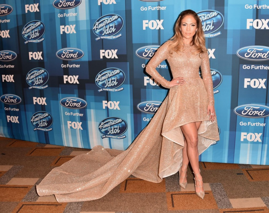 jennifer-lopez-american-idol-finale-for-the-farewell-season-in-hollywood-april-2016-8
