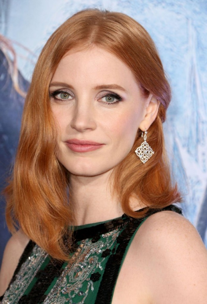 jessica-chastain-on-red-carpet-the-huntsman-winter-s-war-premiere-in-westwood-1
