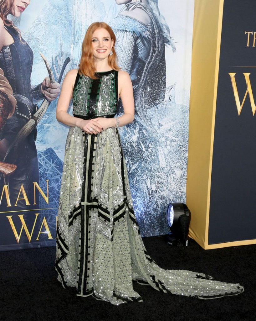 jessica-chastain-on-red-carpet-the-huntsman-winter-s-war-premiere-in-westwood-4