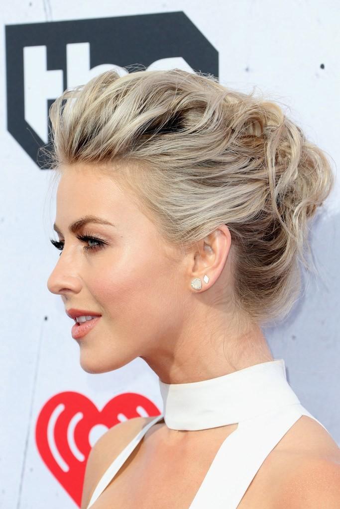 julianne-stuart-iheart-radio-music-awards-hair