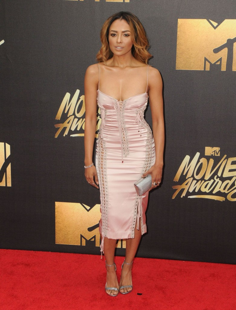 kat-graham-2016-mtv-movie-awards-held-the-warner-studios-burbank-4