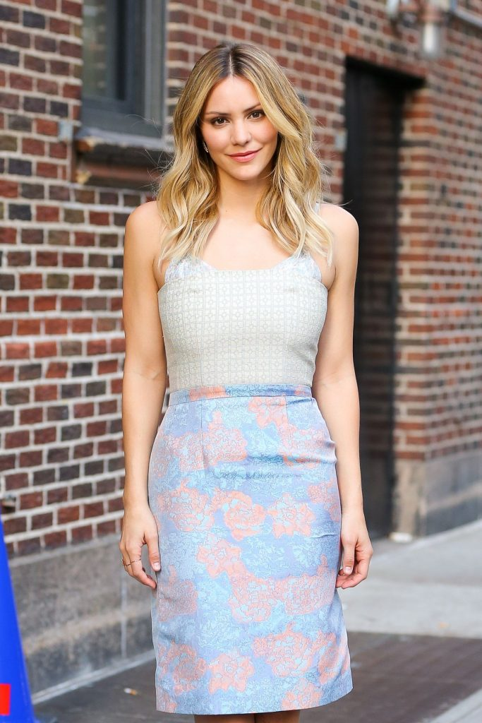 katharine-mcphee-outside-the-late-show-with-stephen-colbert-in-new-york-city-4-18-2016-2