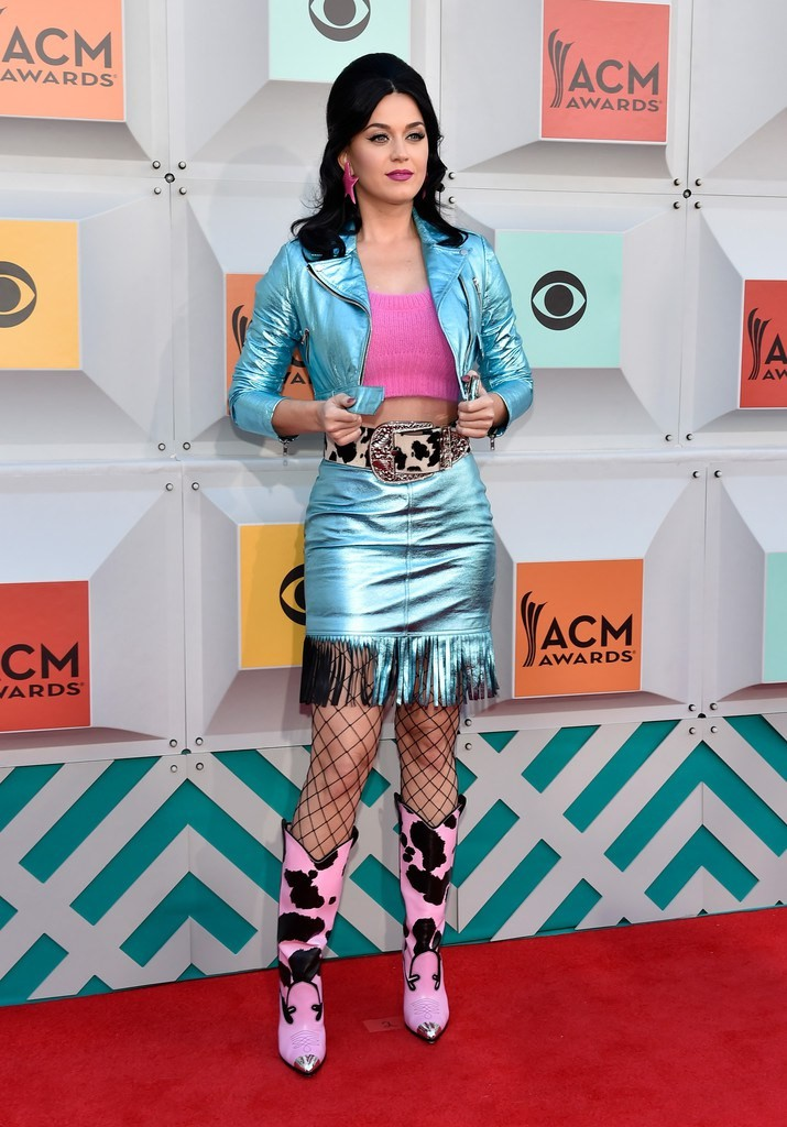 katy-perry-2016-acma-jeremy-scott