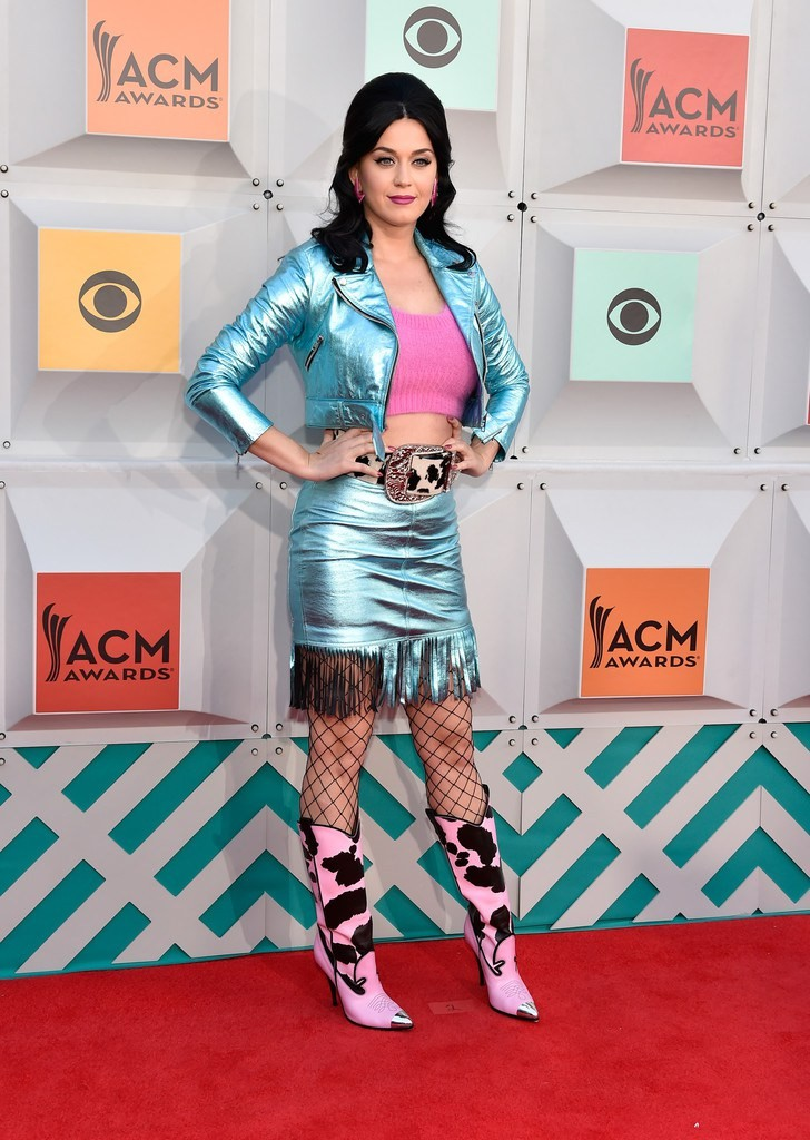 katy-perry-2016-acma-jeremy-scott-look-1