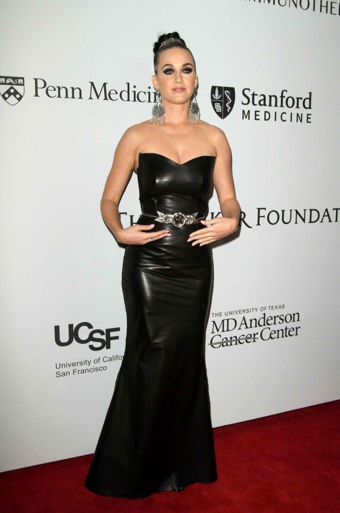 katy-perry-at-the-parker-institute-for-cancer-immunotherapy-launch-gala-in-la-04-13-2016-1-679x1024