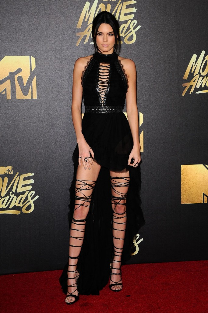 kendall-jenner-2016-mtv-movie-awards-in-burbank-ca-1