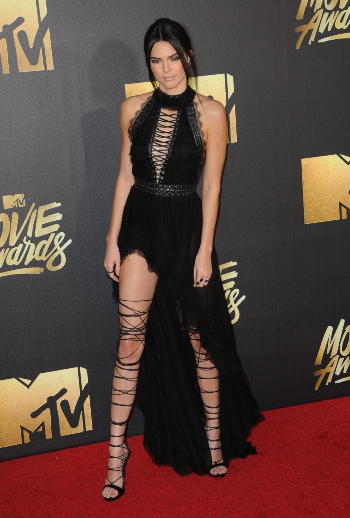 kendall-jenner-2016-mtv-movie-awards-in-burbank-ca-20