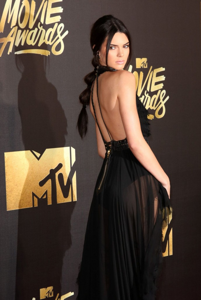 kendall-jenner-2016-mtv-movie-awards-in-burbank-ca-32