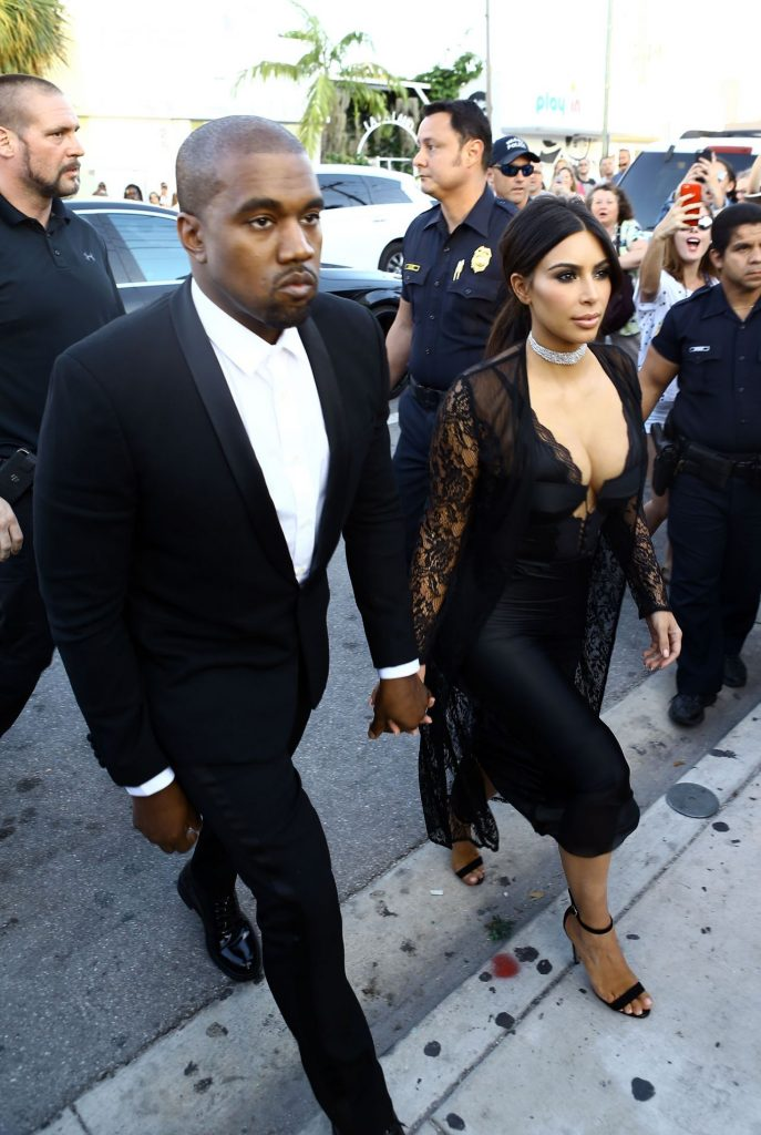 kim-kardashian-arrive-at-isabela-rangel-and-david-grutman-s-wedding-in-miami-fl-4-23-2016-7