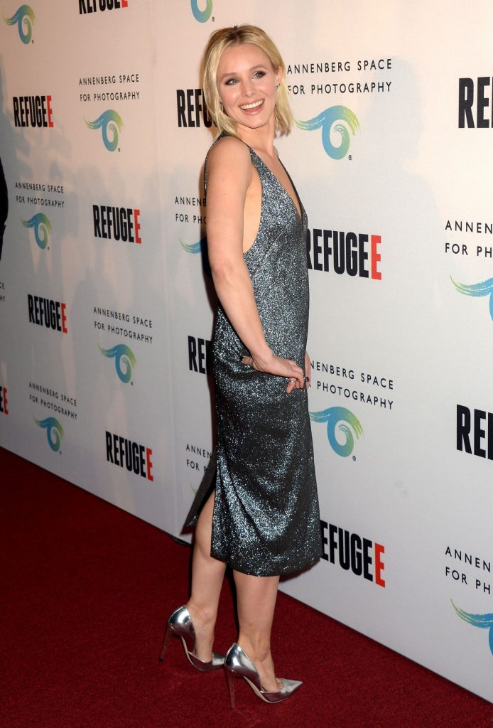kristen-bell-refugee-exhibit-opening-at-annenberg-space-for-photography-in-los-angeles-4-21-2016-13