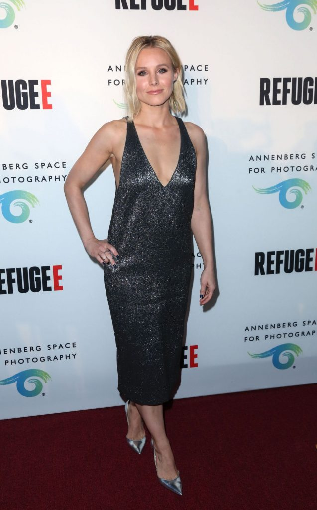kristen-bell-refugee-exhibit-opening-at-annenberg-space-for-photography-in-los-angeles-4-21-2016-5