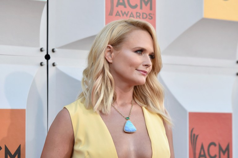 miranda-lambert-2016-acm-awards-closeup