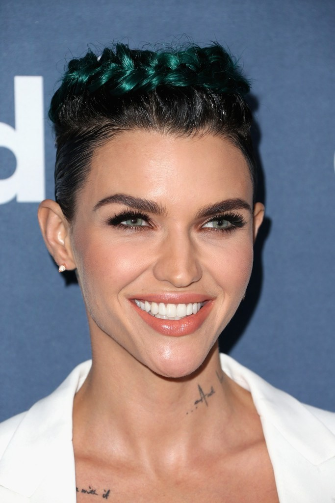 ruby-rose-2016-glaad-media-awards-hair-and-makeup
