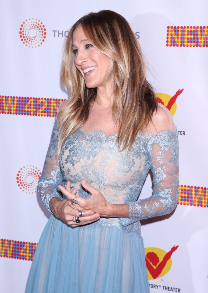 sarah-jessica-parker-at-new-42nd-street-25th-anniversary-gala-in-new-york-04-11-2016_1