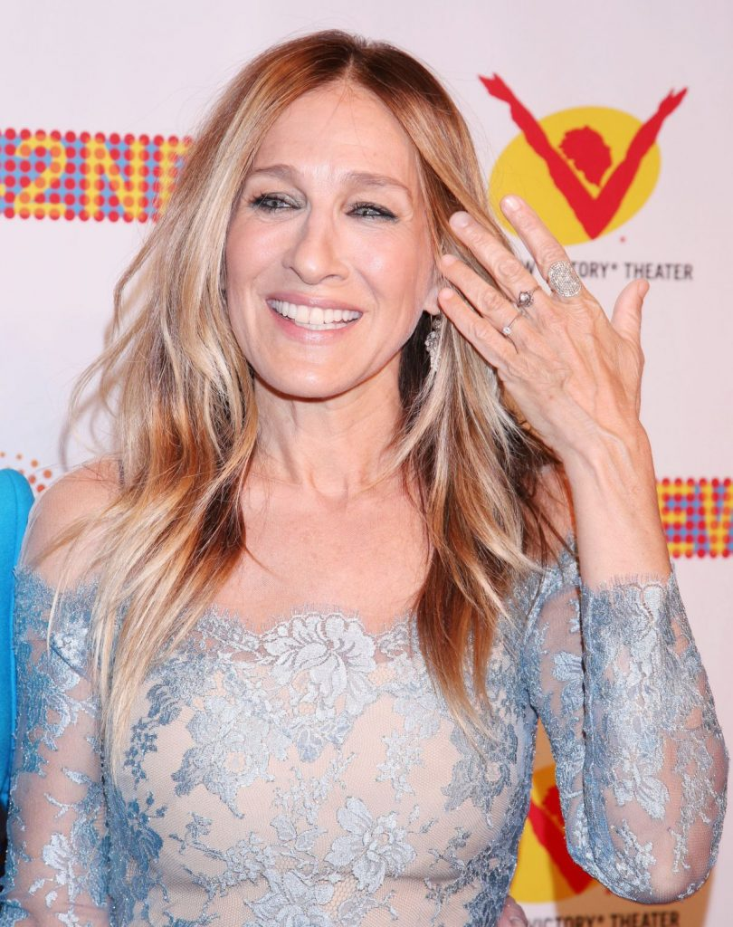 sarah-jessica-parker-at-new-42nd-street-25th-anniversary-gala-in-new-york-04-11-2016_4
