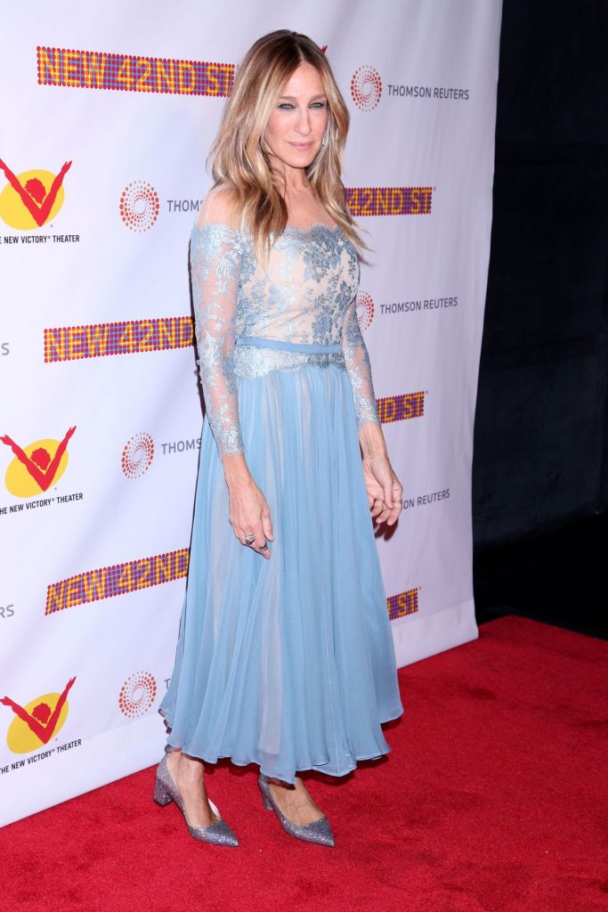 sarah-jessica-parker-at-new-42nd-street-25th-anniversary-gala-in-new-york-04-11-2016_6
