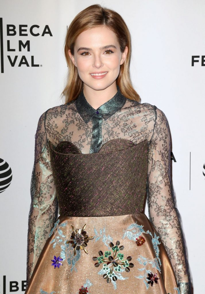 zoey-deutch-vincent-n-roxxy-premiere-2016-tribeca-film-festival-in-nyc-2