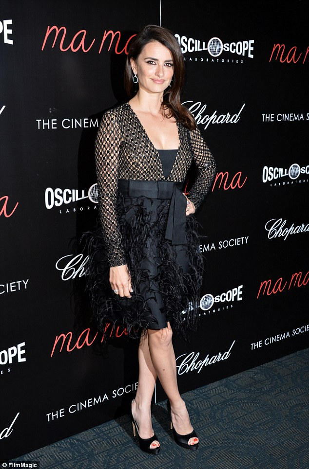 penelope-cruz-in-michael-kors-collection-at-ma-ma-new-york-premiere