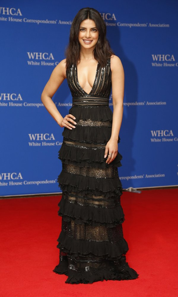 Priyanka -Chopra-white-house-correspondents-dinner-2016-redcarpet