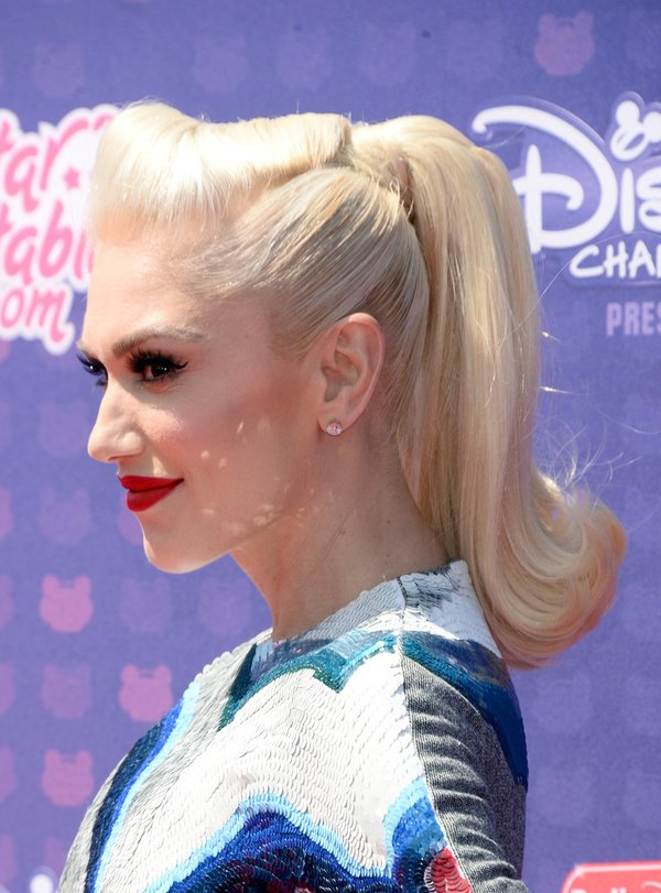 gwen-stefani-in-olympia-le-tan-at-the-2016-radio-disney-music-awards