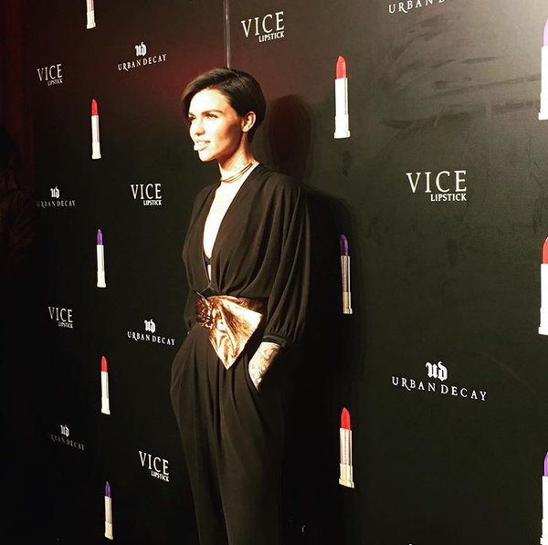 ruby-rose-in-emanuel-ungaro-urban-decay-vice-lipsticks-launch