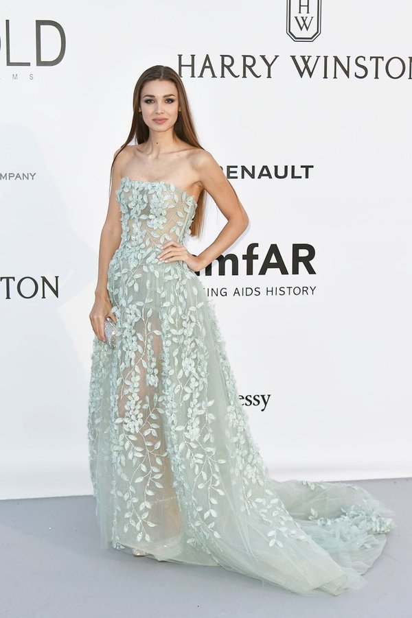Lara -Lieto -amfar-cinema-against-aids-gala-cannes-2016