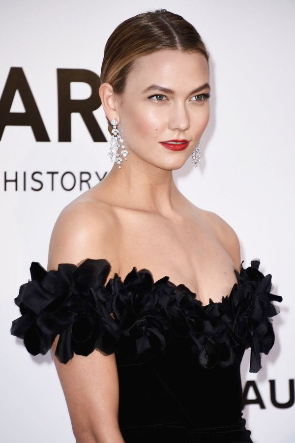 karlie-kloss-in-marchesa-at-amfars-23rd-cinema-against-aids-gala