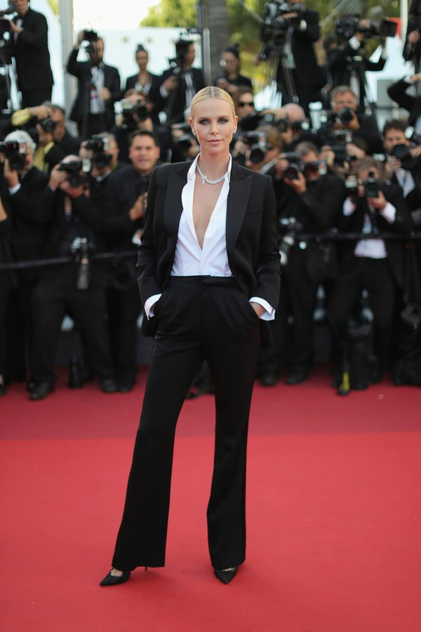 charlize-theron-in-dior-couture-at-the-last-face-69th-cannes-film-festival-premiere