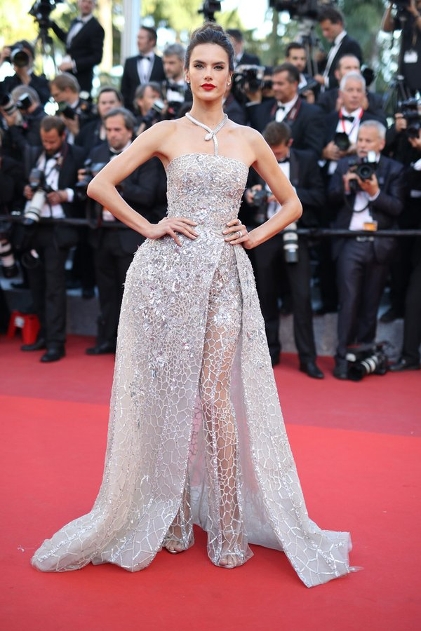 alessandra-ambrosio-in-zuhair-murad-at-the-last-face-69th-cannes-film-festival-premiere