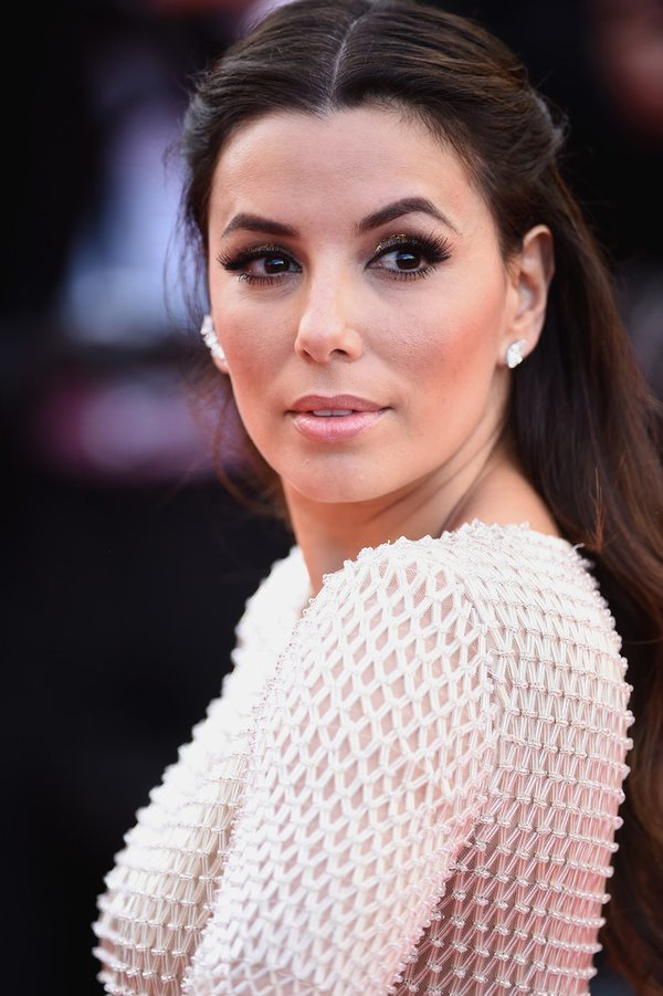 eva-longoria-in-pamella-roland-cafe-society-69th-cannes-film-festival-premiere- and-opening-ceremony
