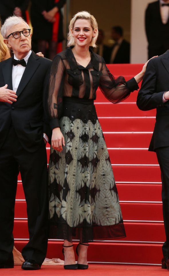 kristen-stewart-in-chanel-cafe-scciety-premiere-and-69th-cannes-film-festival-opening