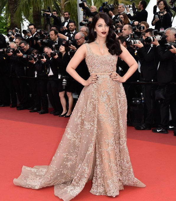 aishwarya-rai-in-elie-saab-couture-the-bfg-69th-cannes-film-festival-screening