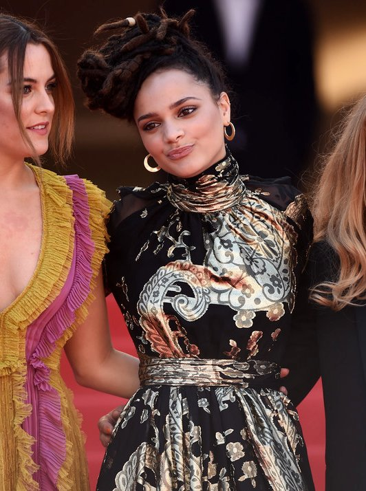 sasha-lane-emanuel-ungaro-american-honey-69th-cannes-film-festival-screening