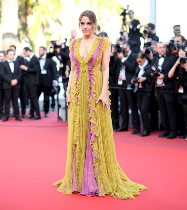 riley-keough-in-gucci-at-amrican-honey-69th-cannes-film-festival-screening