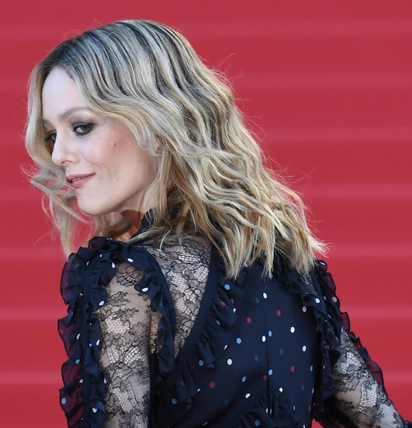 vanessa-paradis-in-elie-saab-at-from-the-land-of-the-moon-mal--de-pierres-69th-cannes-film-festival-premiere