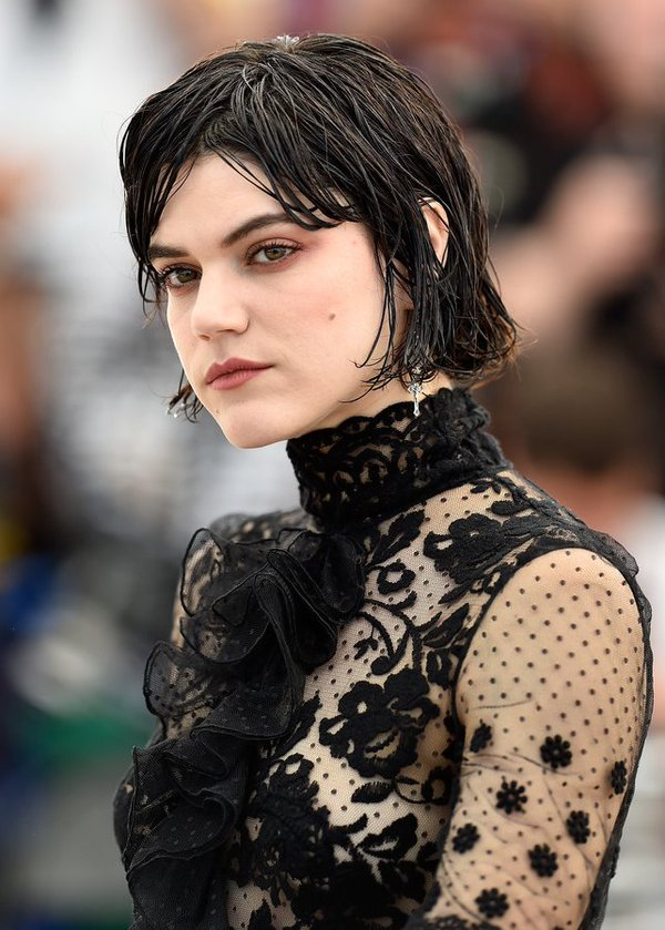 soko-in-giambia-at-the-stopover-voir-du-pays-photocall-69th-annual-cannes-film-festival