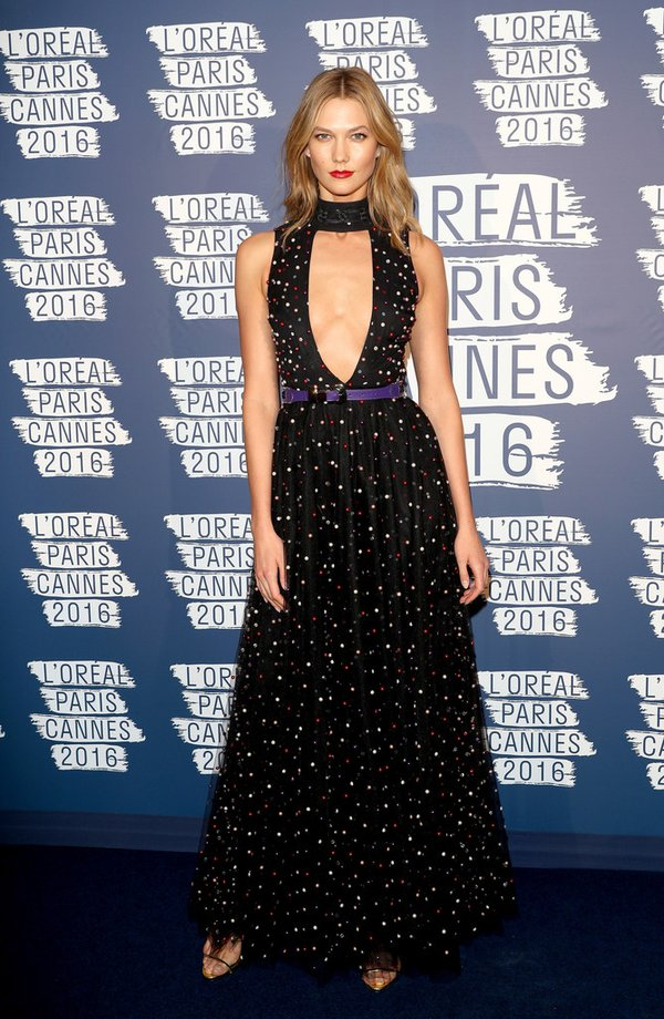 karlie-kloss-in-elie-saab-at-loreal-paris-blue-obsessionparty-69th-annual-cannes-film-festival