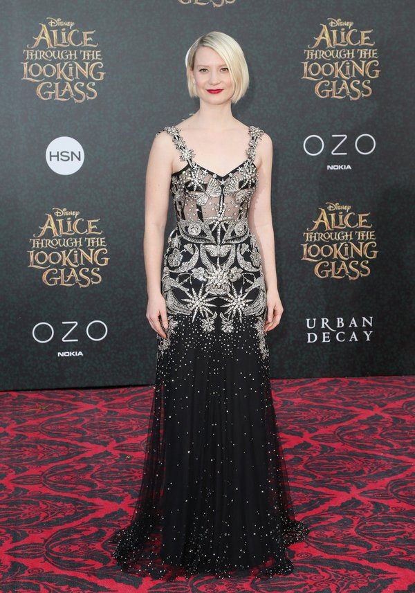 mia-wasikowska-in-alexander-mcqueen-at-the-alice-through-the-looking-glass-la-premiere