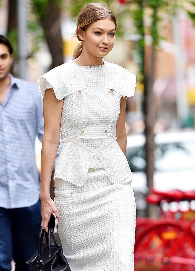 Gigi-Hadids-New-York-City-Roland-Mouret-Penfold-Lattice-Weave-Vest-and-Matching-Arreton-Lattice-Weave-and-Crepe-Pencil-Skirt-6