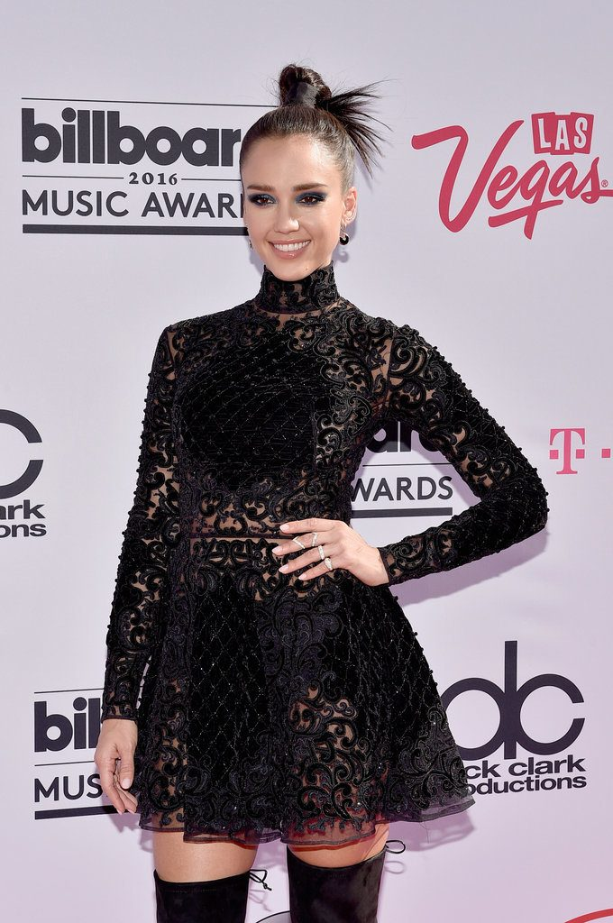 Jessica-Alba-Dress-Billboard-Music-Awards-2016-2