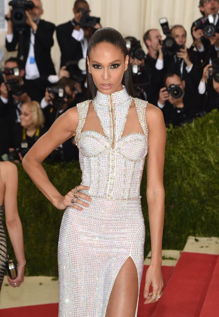 Joan-Smalls-Balmain-Dress-Met-Gala-2016-3