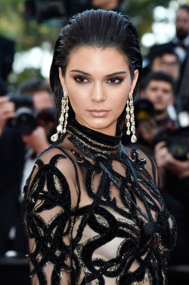 Kendall-Jenner-Cannes-Film-Festival-Roberto-Cavalli-Sheer-Jeweled-Embellished-Gown-6-666x1000