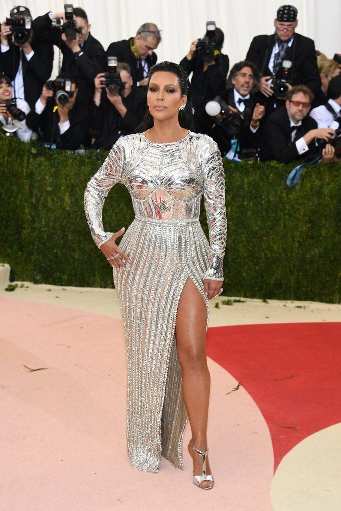 Kim-Kardashian-Balmain-Dress-Met-Gala-2016