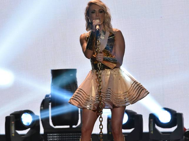 carrie-underwood-in-rocky-gathercole-2016-american-country-countdown-awards