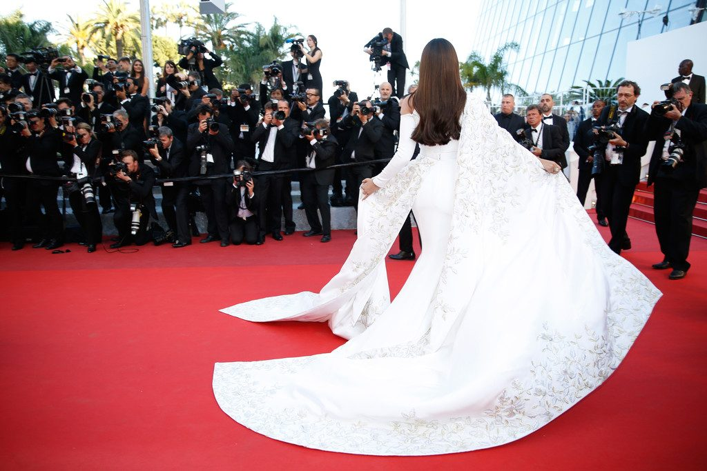 Sonam-Kapoor-Cannes-Film-Festival-Ralph-and-Russo-Embroidered-Gown-7