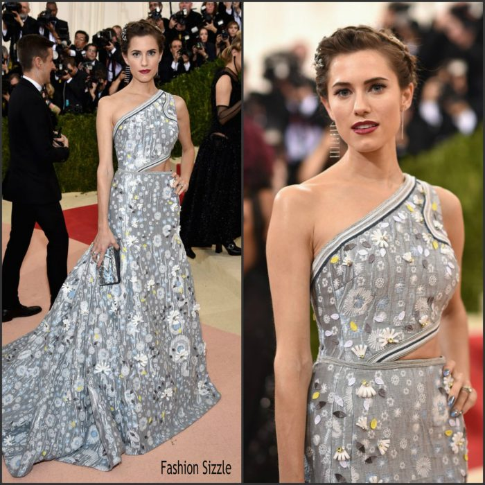 Allison Williams   attended t the 2016 MET Gala, Manus X Machina-Fashion in an Age of Technology at the Metropolitan Museum of Art in New York on May 2, 2016.