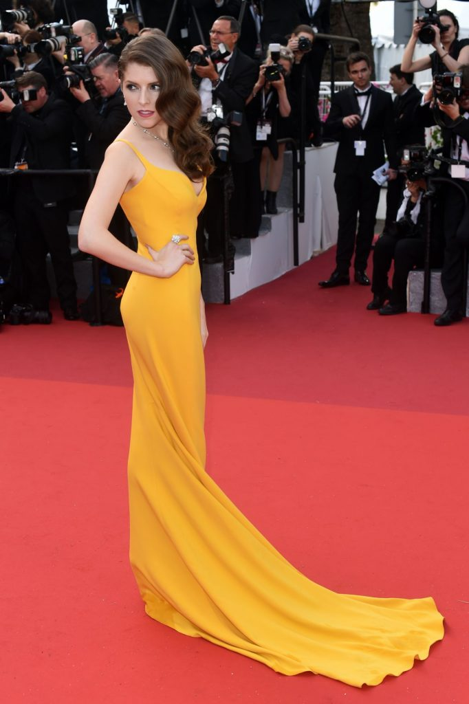 anna-kendrick-cafe-society-opening-gala-2016-cannes-film-festival-3