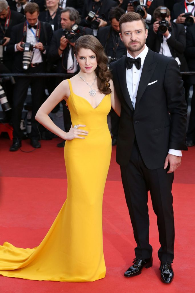 anna-kendrick-cafe-society-opening-gala-2016-cannes-film-festival-4