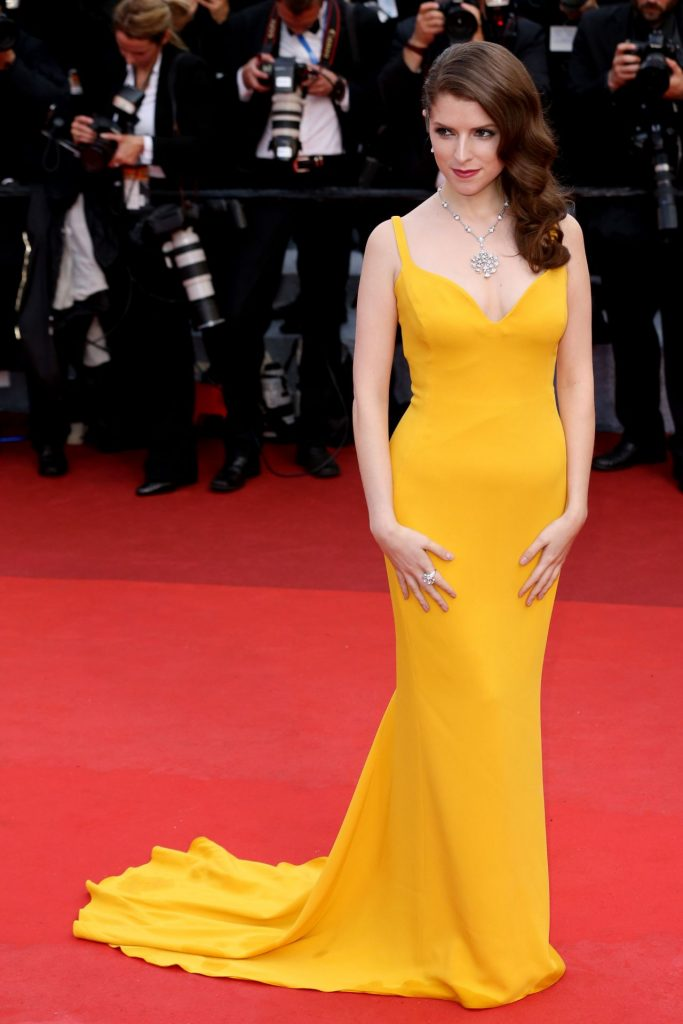 anna-kendrick-cafe-society-opening-gala-2016-cannes-film-festival-5